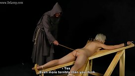 Маринка насолоджується порно зрілих мам пристрасним сексом в різних місцях порно кухня