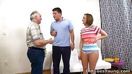 Секс в анус молода російська в душі porno mama video